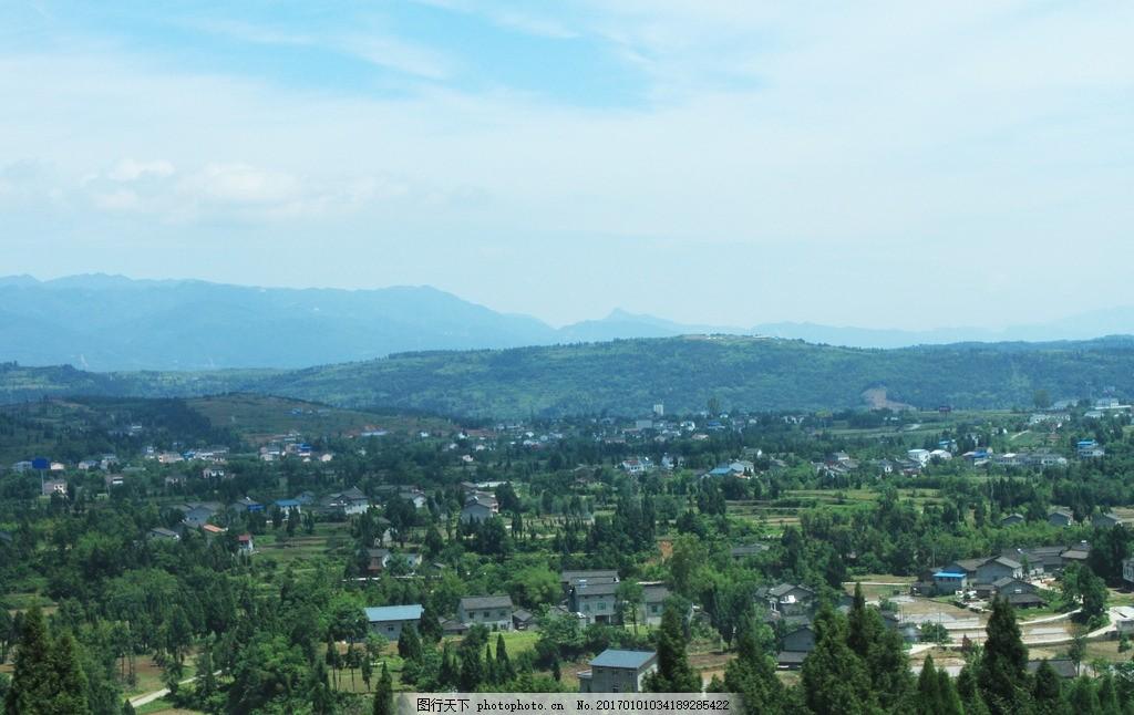 全景图 自然美景 森林城市 绿色 远景 风景 郊外 蓝天白云 草地 农村