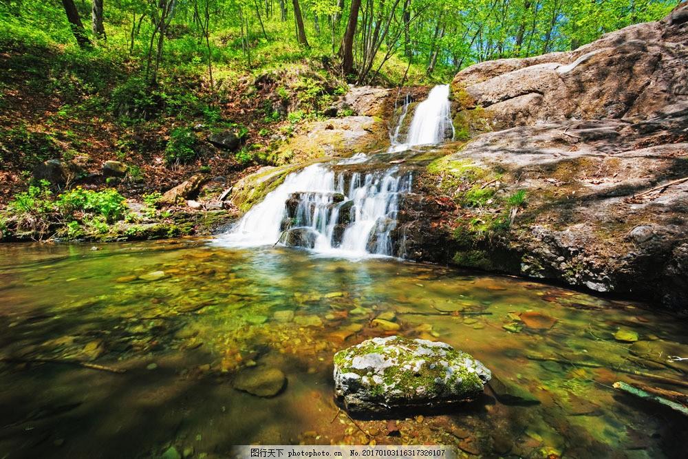 林间小溪美景 林间小溪美景图片素材 夏天风景 热带雨林 瀑布 溪水