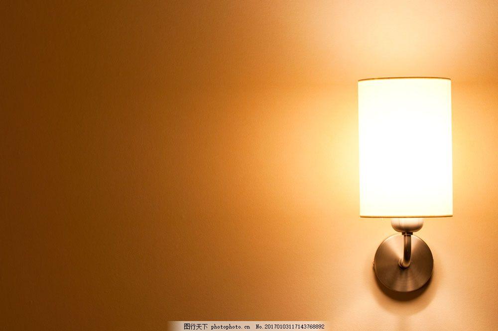 简单壁灯摄影 简单壁灯摄影图片素材 欧式壁灯 墙壁花纹 灯饰 灯具