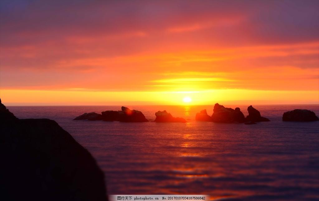 夕阳落下的海边 夕阳落下 的海边 岛屿 晚霞 大海 海平面 红色 风景