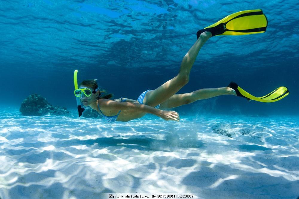 美女浅处潜水 美女浅处潜水图片素材 美人鱼 大海 运动 极限运动
