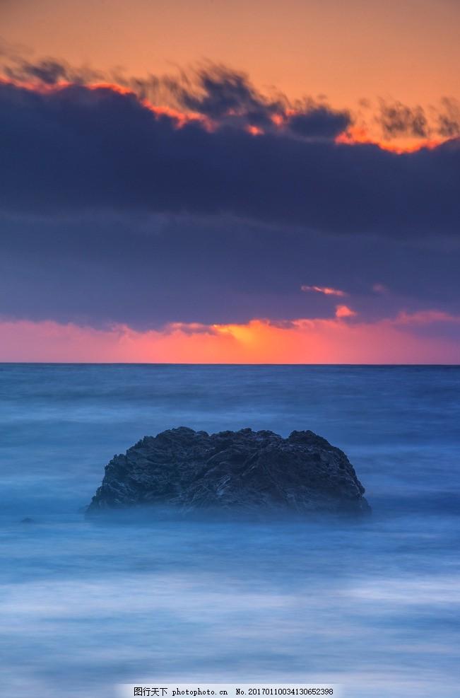 海浪 礁石 浪花 海 大海 海面 浪 海水 涟漪 大浪 海天相接 冲浪 蓝色