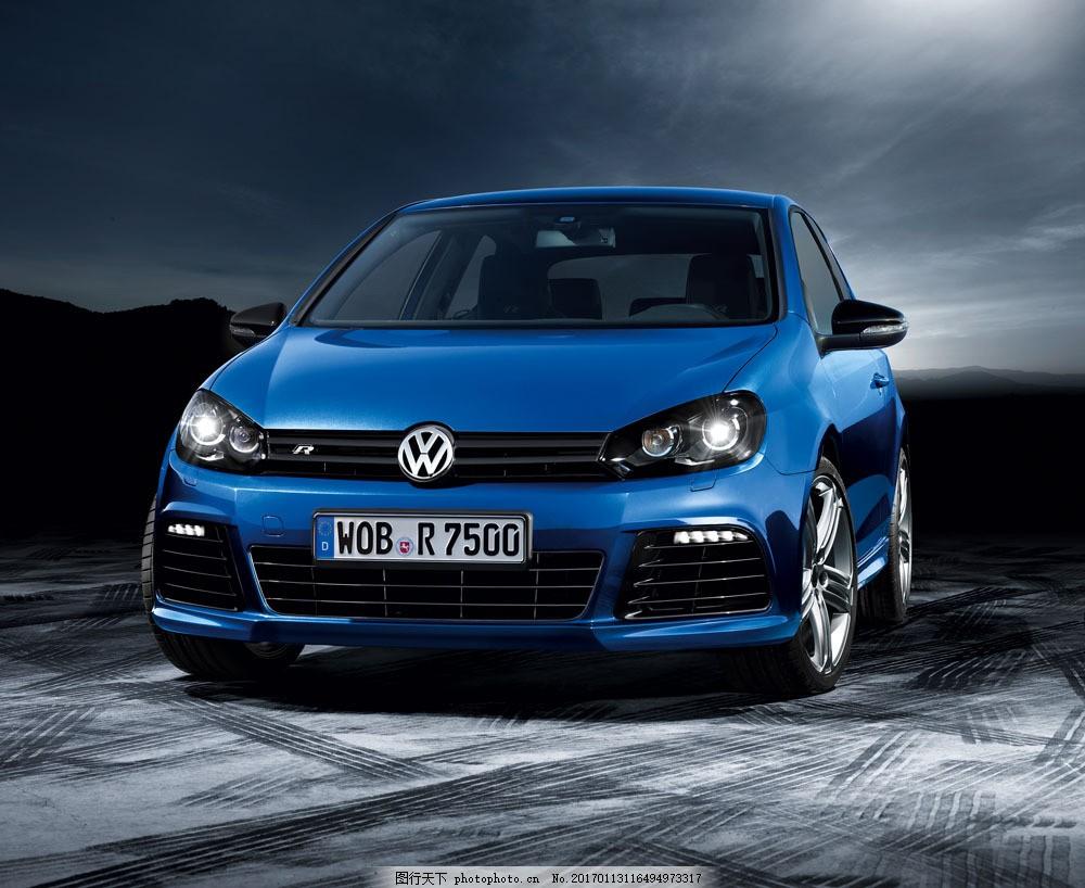 蓝色大众轿车 蓝色大众轿车图片素材 汽车 工业生产 小车 交通工具