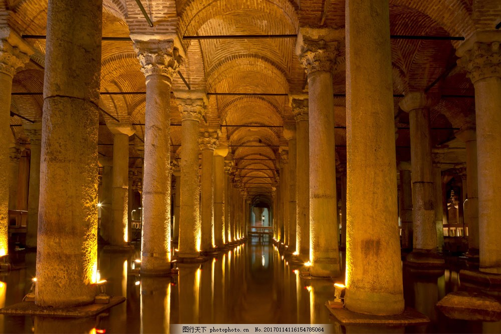 欧式宫殿罗马柱图片
