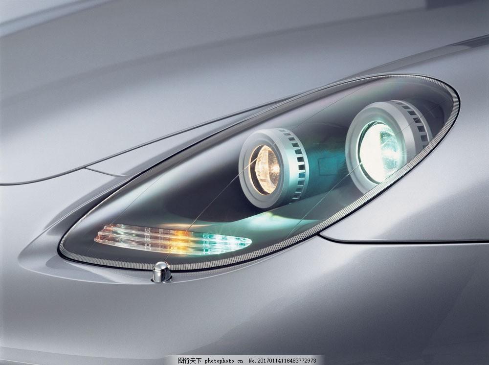 高档轿车车灯摄影图片素材 车灯 轿车 汽车 工业生产 小车 交通工具