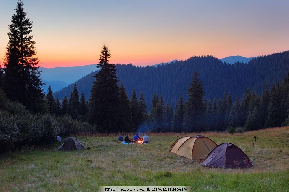 夜间野外露营 夜间野外露营图片素材 夜晚 帐篷 草地 其他类别