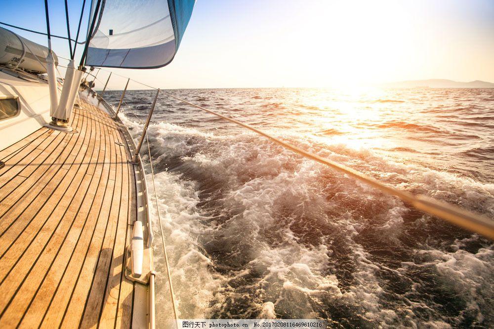 大浪轮船 大浪轮船图片素材 帆船 船舶 扬帆起航 船只 航行 航海