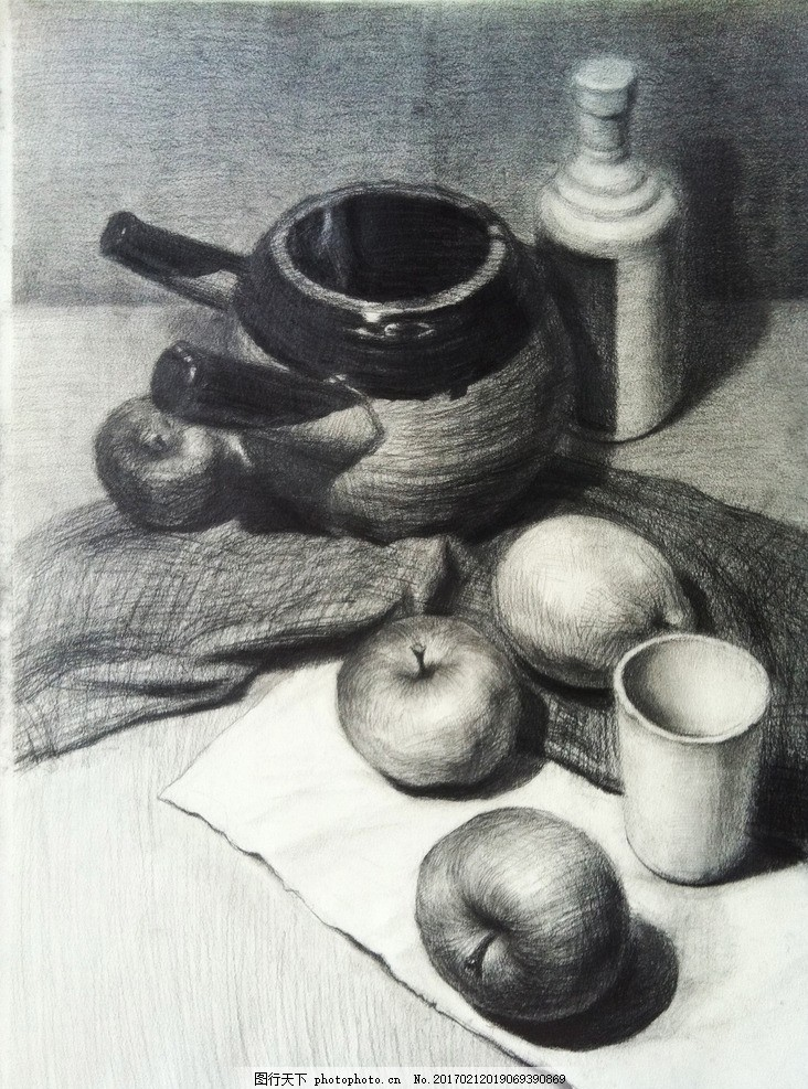 素描 素描静物 静物素描 素描作品 苹果 杯子 罐子 瓶子 艺术绘画