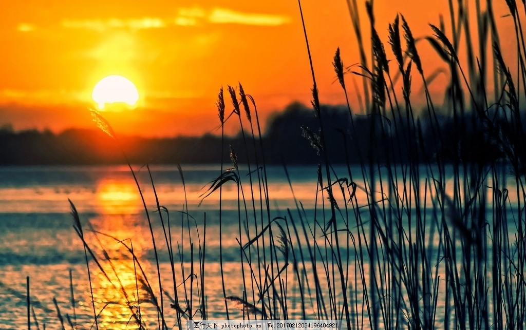 夕阳西下 晚霞 前景 湖泊 天空 红色 风景 壁纸 高清图 共享风景图