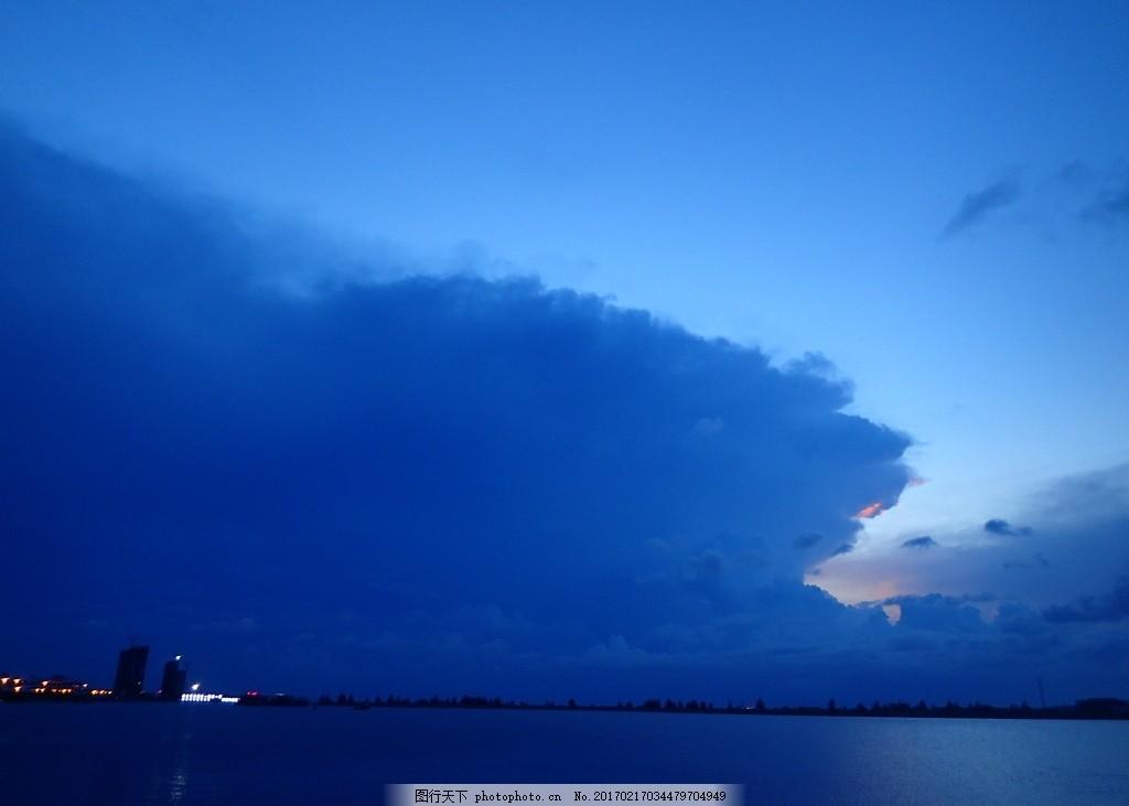 傍晚 海 海 海南 海边 傍晚 草 空旷 蓝天 白云 蓝色 自然景观 山水