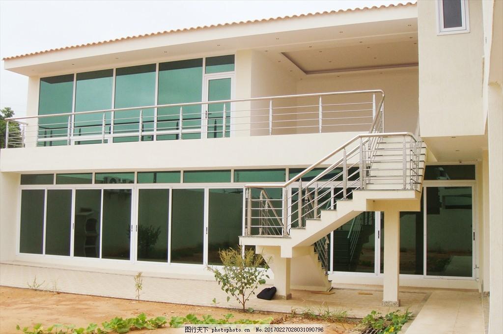 別墅小院 沙灘 別墅 綠色 房子 門窗 鋁合金 臺階 院子 樓梯 不銹鋼