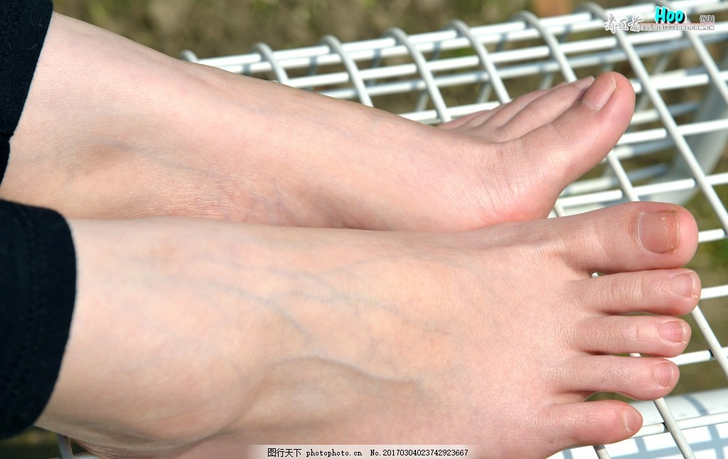 可爱的脚指头