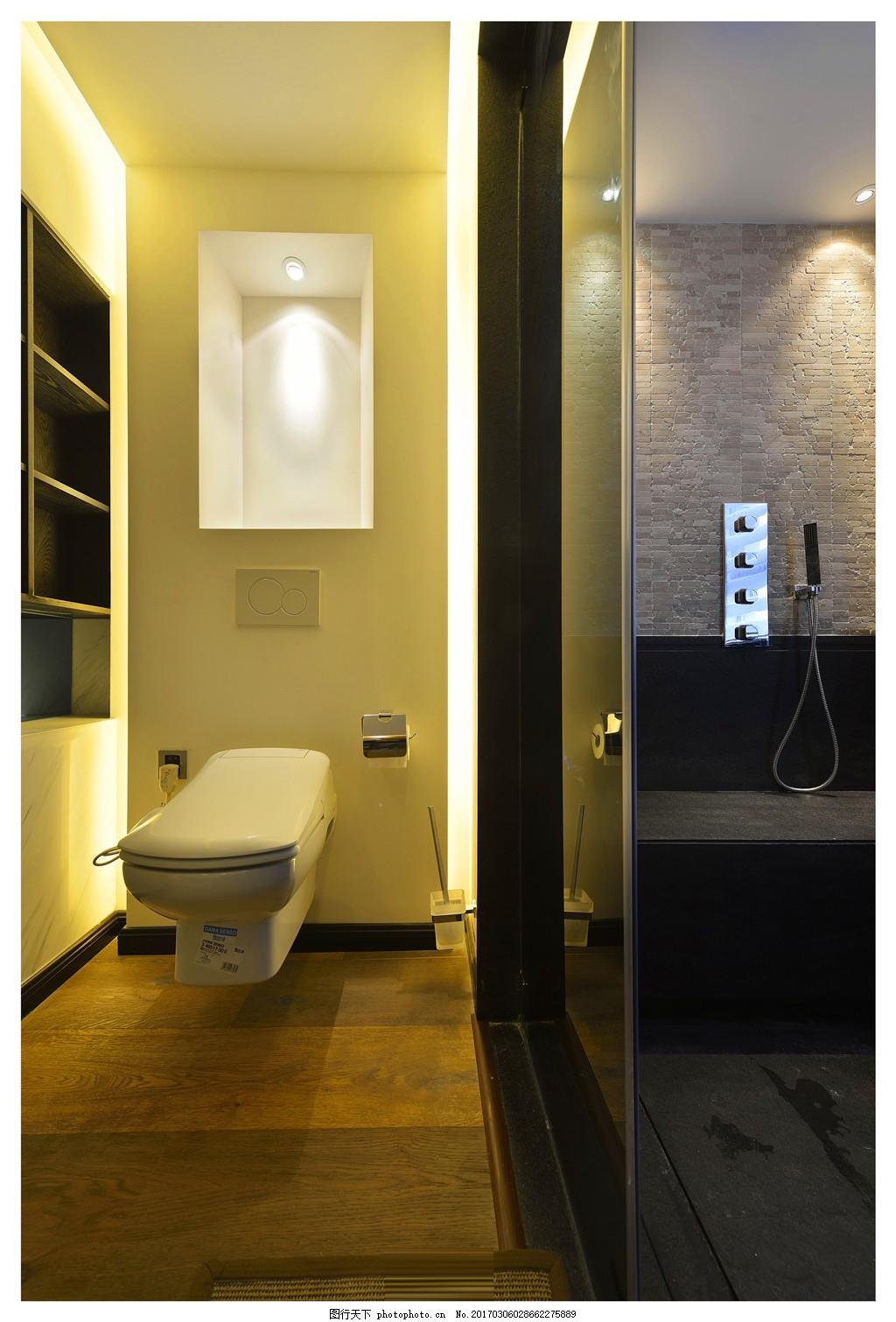 卫生间 装修效果图 家装效果图 镜子 马桶 房屋 室内 房屋装修