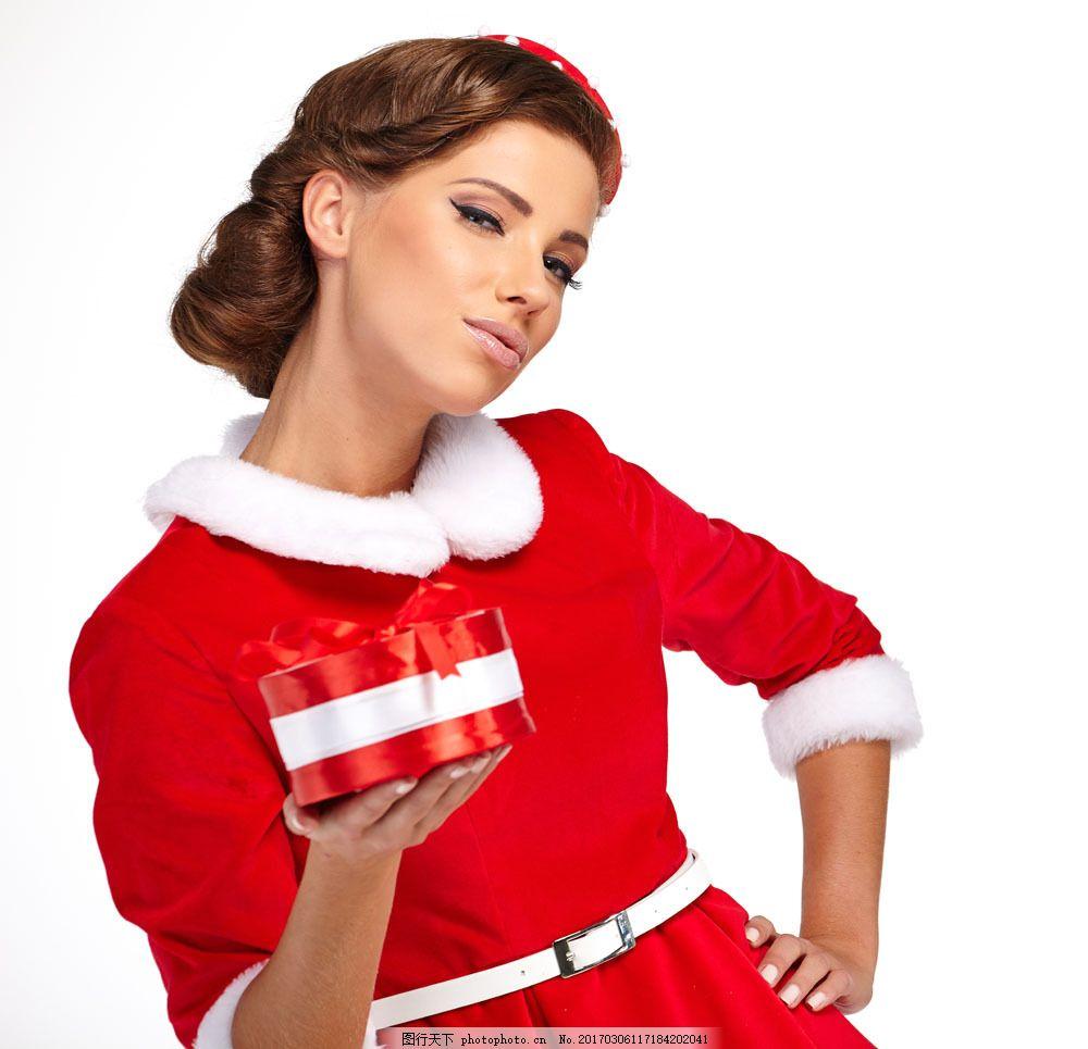 捧着爱心礼物的美女 捧着爱心礼物的美女图片素材 圣诞礼物 圣诞美女