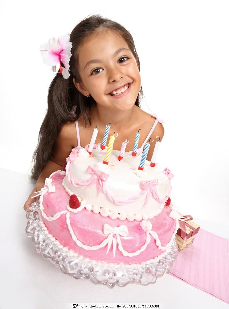 过生日的小女孩图片素材 外国儿童 儿童人物 小女孩 小女生 生日蛋糕