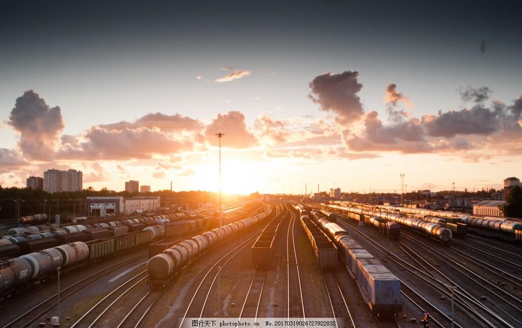 车站 夕阳 火车 轨道 高清大图 云朵 离别 城市摄影