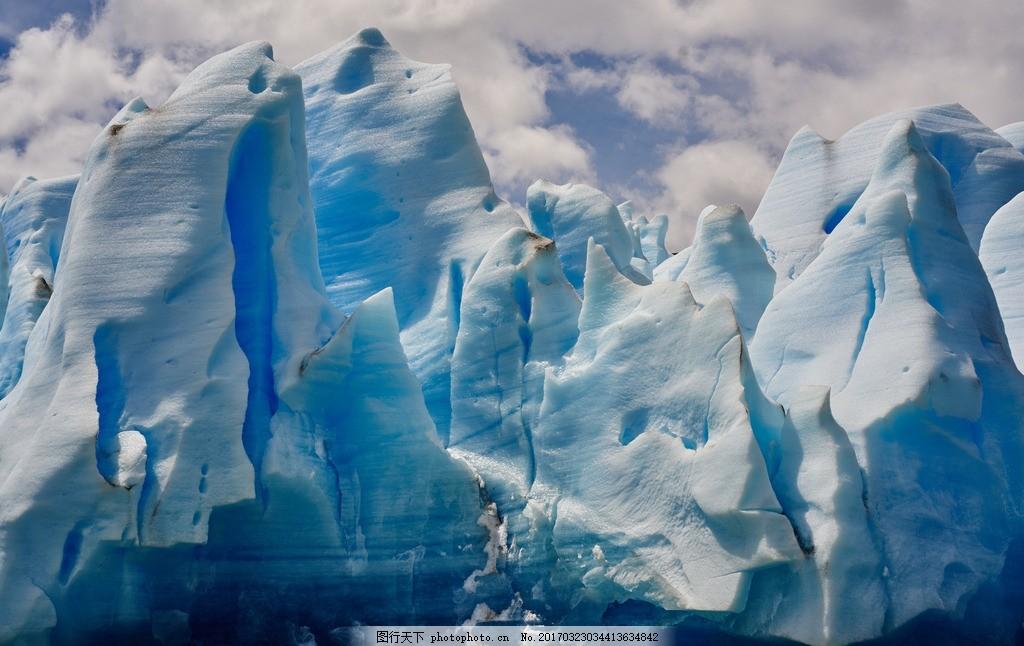 雪地 雪山 蓝天白云 冬天 风景 大自然 大山 山脉 群山 云雾 阳光
