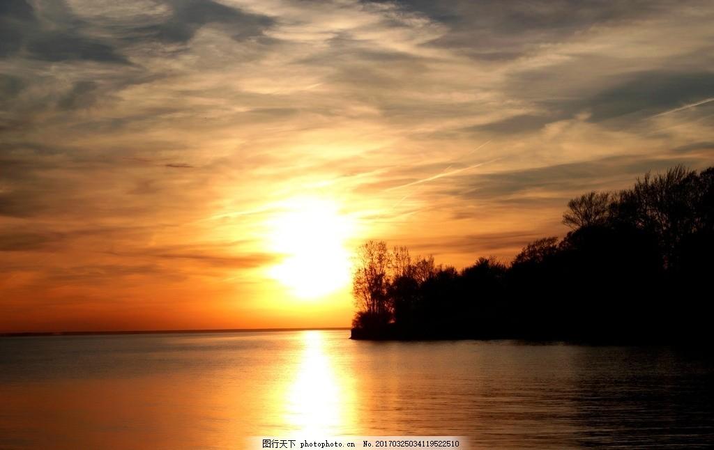 设计图库 自然景观 自然风景  傍晚日落金色海面 黄昏 落日 日落 夕