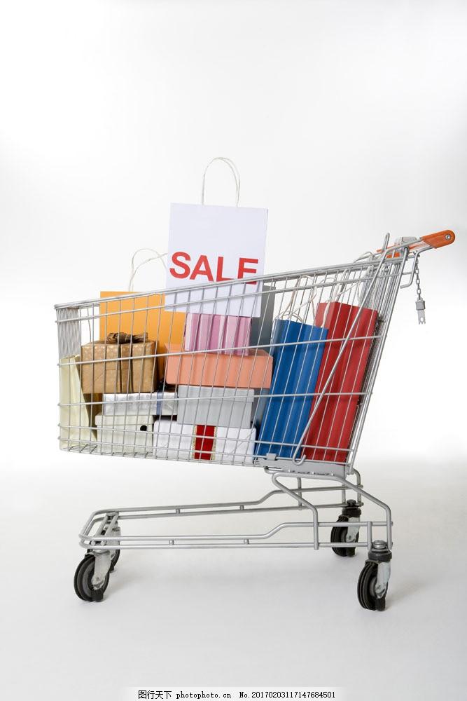 购物手推车里的商品特写图片素材,装满,袋子,手提袋,包装袋,摄影图,高清图片